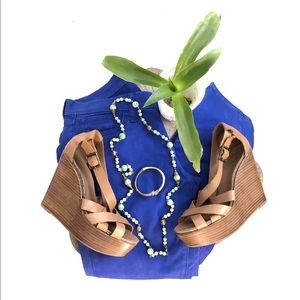 Lucky Brand Blue Charlie Capri Size 6